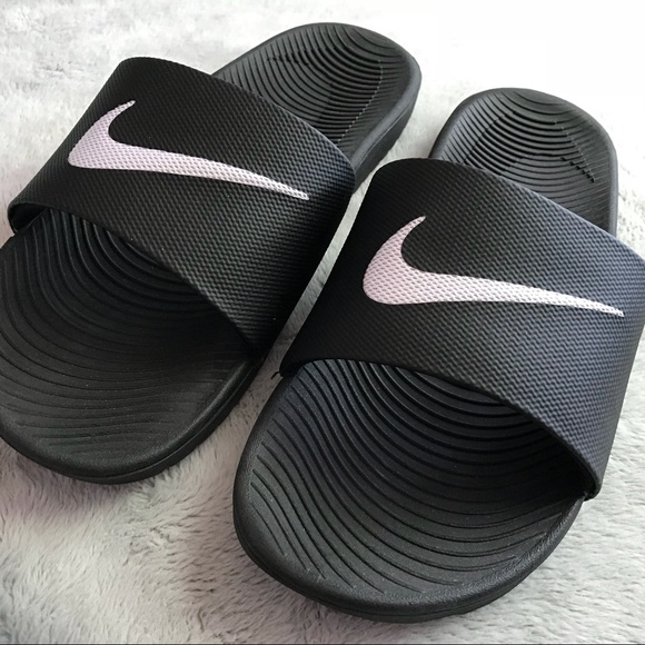d771d908a3f4 Nike Men s Kawa Slide Sandal Beach Athletic Shoes.  M 5adf811afcdc31e7ef283cc5